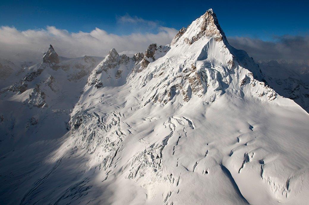 Фотопроект: 10 лет катания по самым экстремальным горам планеты . Изображение № 3.