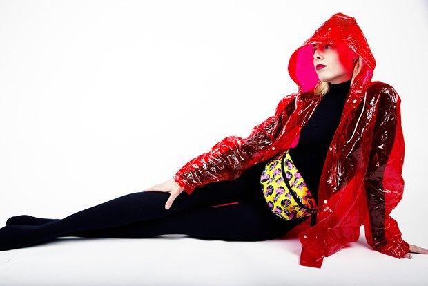 Дизайнер Никита Грузовик и художник Flakonkishochki выпустили новую коллекцию сумок. Изображение № 22.