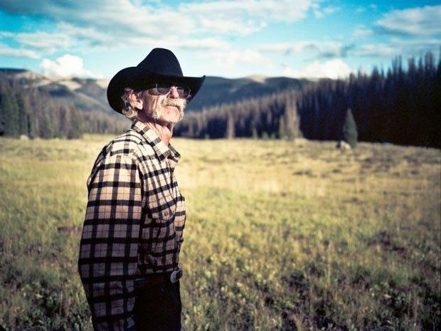 Марка Filson выпустила видео о путешествии своего покупателя по Колорадо. Изображение № 2.