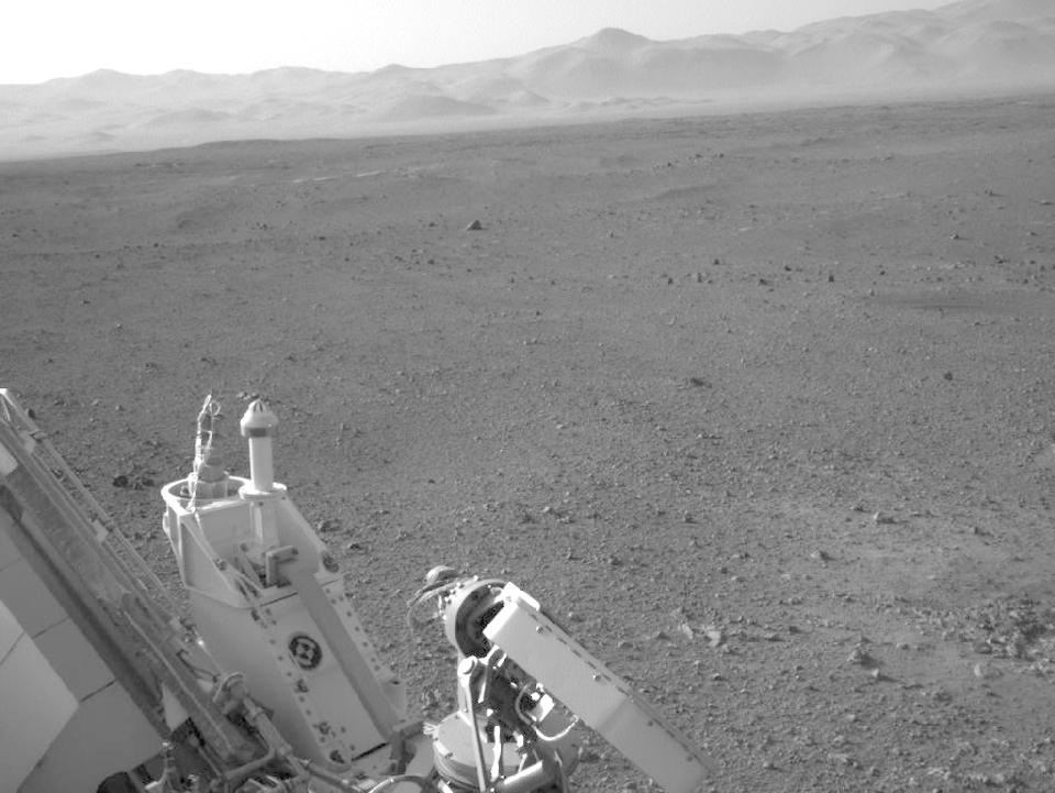 10 фотографий с марсохода Curiosity и поверхности Красной планеты. Изображение № 5.