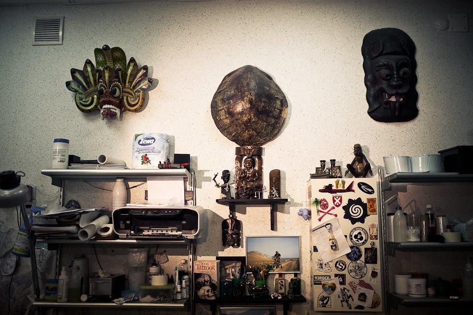 Бьет — значит любит: Старейшие татуировщики Москвы и их лучшие работы. Изображение № 28.