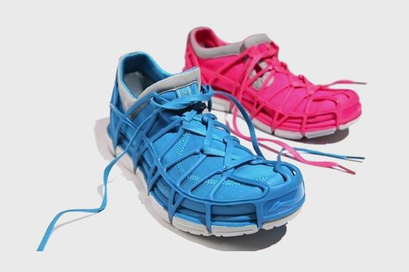 10 самых спорных моделей кроссовок 2011 года. Изображение № 25.