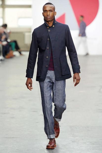 Марка Oliver Spencer выпустила летнюю коллекцию одежды. Изображение № 26.