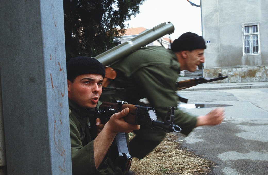 Объективный взгляд: 10 современных военных фотографов . Изображение № 32.