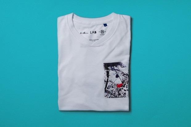 Марка DeMarcoLab и художник Роберт Чен выпустили коллекцию одежды Winter in Moscow. Изображение № 3.