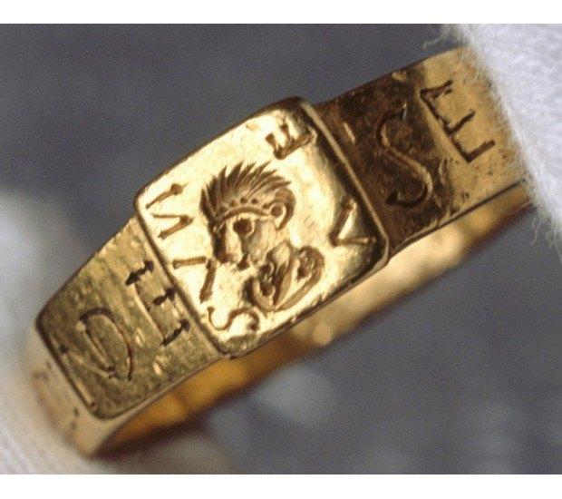 Кольцо Всевластия Толкиена впервые покажут публике. Изображение № 1.