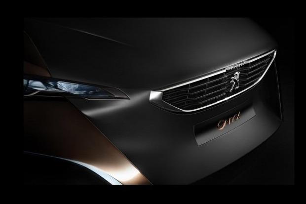 Peugeot анонсировал выпуск гибридного суперкара Onyx. Изображение № 2.