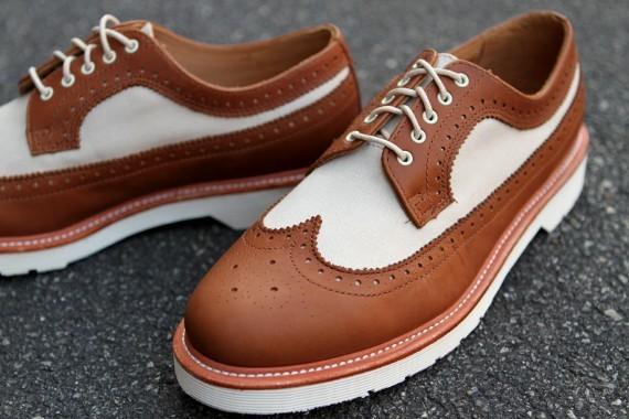 Марка Dr. Martens выпустила весеннюю коллекцию обуви. Изображение № 4.