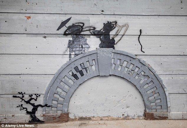 Жители Нью-Йорка дважды избили вандала, закрасившего граффити Бэнкси. Изображение № 6.