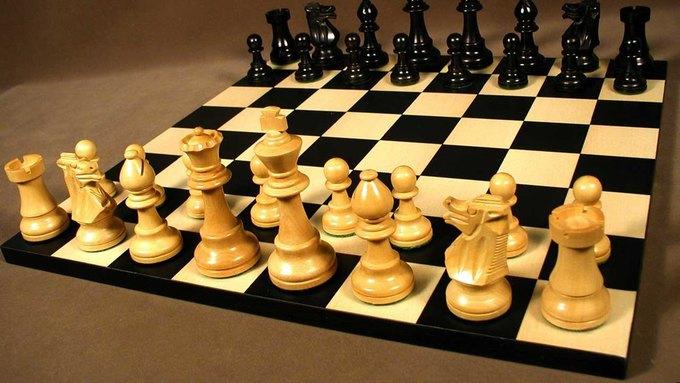Китаец убил приятеля, чтобы сыграть с ним в шахматы на том свете. Изображение № 1.
