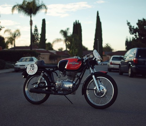 Мастерская Vintage Italian Restoration представила мотоцикл Gilera 175 Milano Taranto. Изображение № 11.