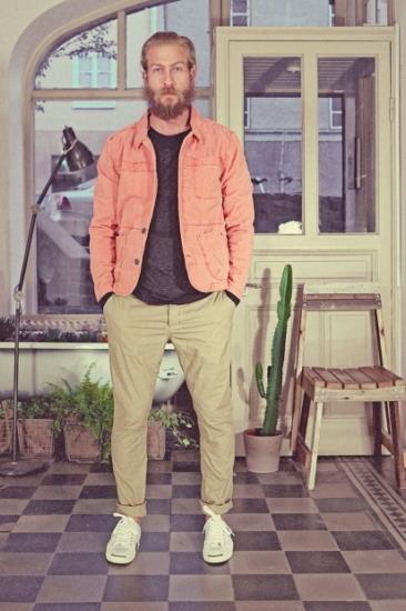 Марка Uniforms for the Dedicated опубликовала лукбук весенней коллекции одежды. Изображение № 13.