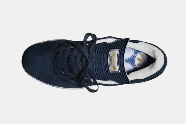 Марка Adidas Skateboarding выпустила весеннюю коллекцию кроссовок Busenitz. Изображение № 10.