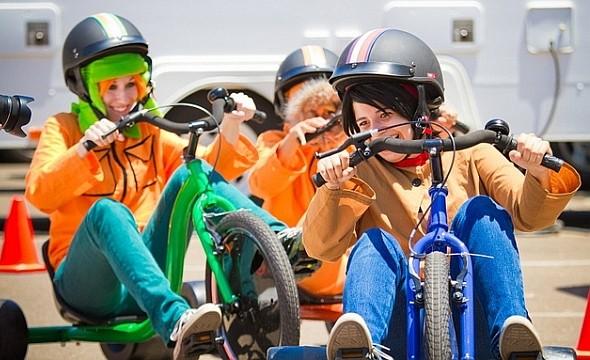 Покататься на велосипедах с изменившими пол персонажами «Саус Парка». Изображение № 15.