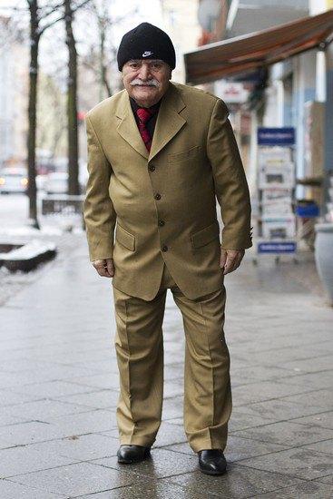 Харизматичный турок Али каждый день демонстрирует новый лук в блоге на Tumblr. Изображение № 7.
