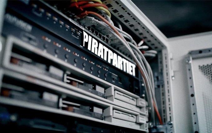 «Каждое наше действие под надзором»: Интервью с создателем фильма о The Pirate Bay. Изображение № 3.