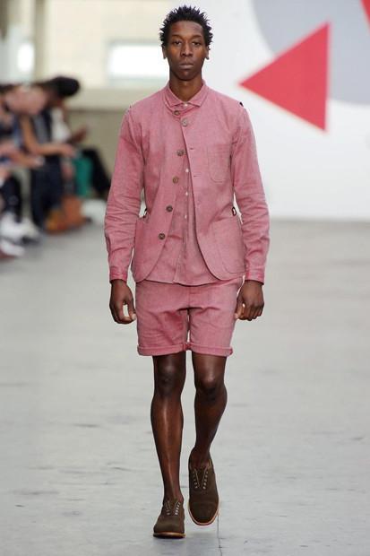 Марка Oliver Spencer выпустила летнюю коллекцию одежды. Изображение № 30.