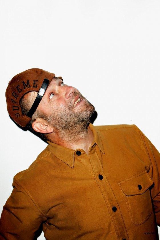 Терри Ричардсон снял Марка Гонсалеса в лукбуке марки Supreme. Изображение № 3.