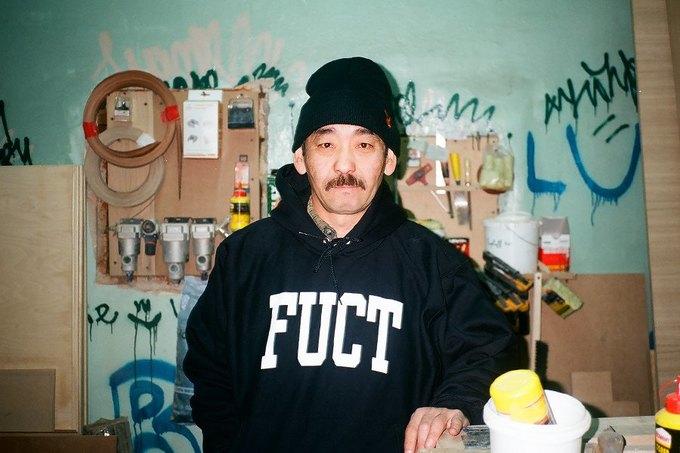 Команда магазина Kixbox подготовила лукбук марки Fuct. Изображение № 15.