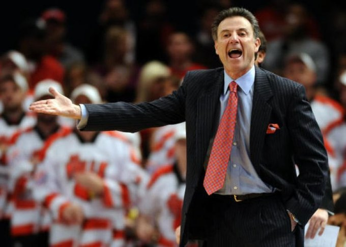 Тренер студенческой баскетбольной команды раскритиковал Adidas и Nike . Изображение № 1.