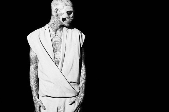 Изображение 2. Татуированная модель Рик Дженест снялся для GQ Italia.. Изображение № 2.