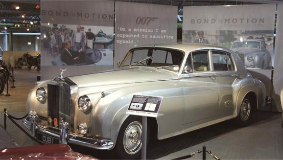 Репортаж с выставки машин Джеймса Бонда. Изображение № 3.