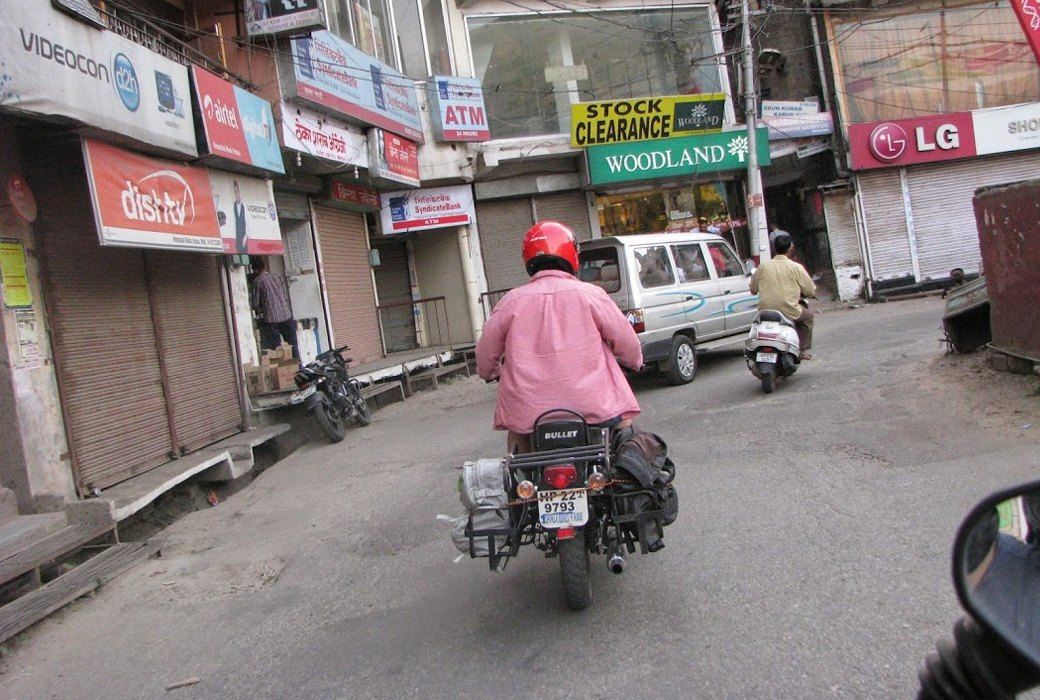 «Я думал, что умер и попал в рай»: Как я поднялся в Гималаи на мотоцикле. Изображение № 2.