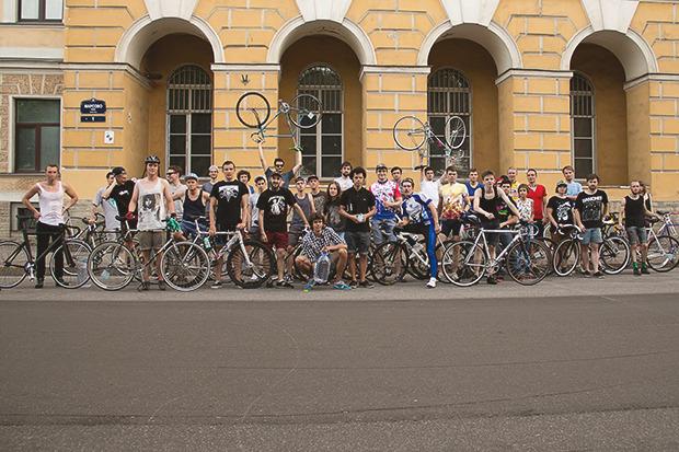 Детали: Репортаж с велозабега Last Is Least Race в Питере. Изображение № 23.