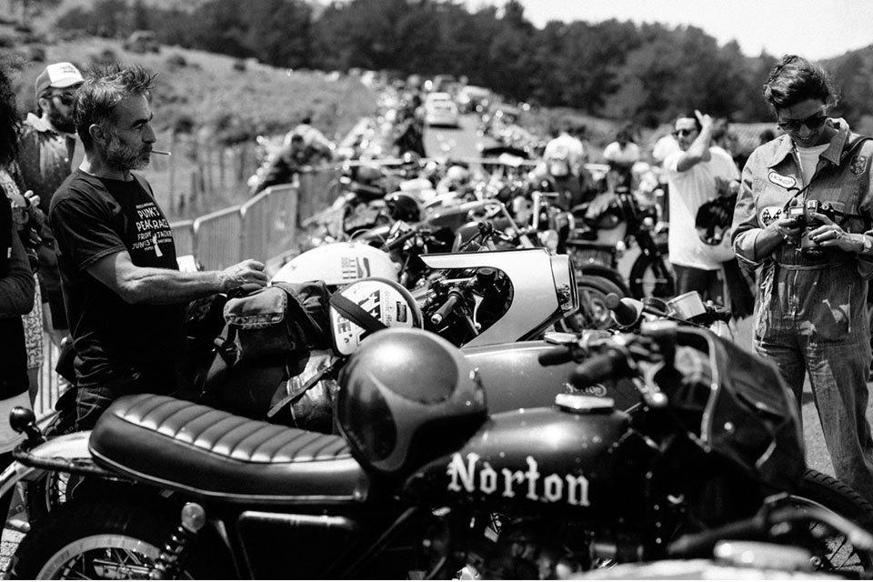 Фоторепортаж с мотоциклетного фестиваля Wheels & Waves. Изображение № 7.