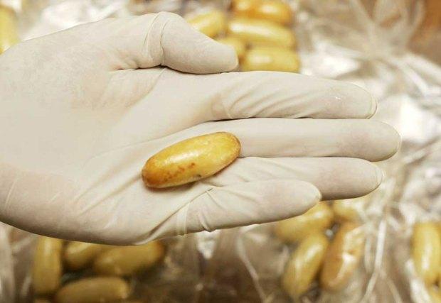 В Красноярском крае хирург украл героин из желудка наркокурьера. Изображение № 1.