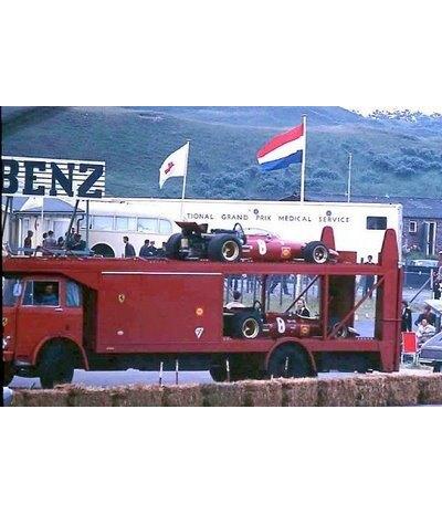Трейлер для перевозки болидов «Формулы-1» выставлен на продажу. Изображение № 7.