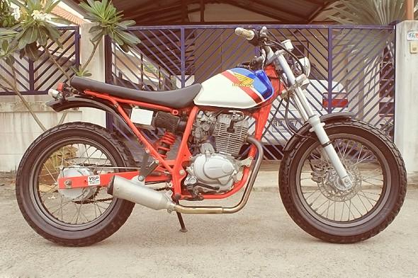 Первый мотоцикл Марка Элей — Honda FTR 223. Изображение № 5.