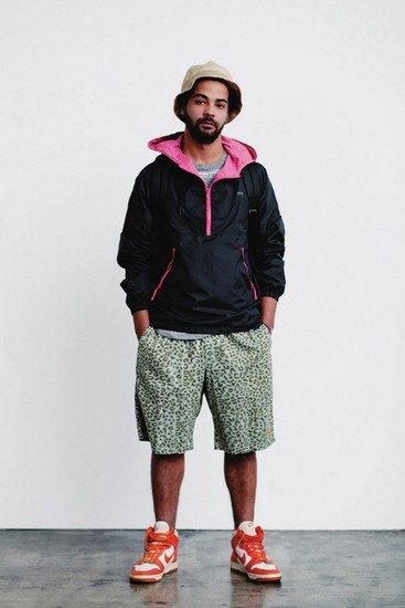 Марка Stussy опубликовала лукбук весенней коллекции одежды. Изображение № 13.
