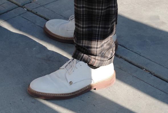 Детали: Репортаж с выставки мужской одежды Pitti Uomo. День первый. Изображение № 69.