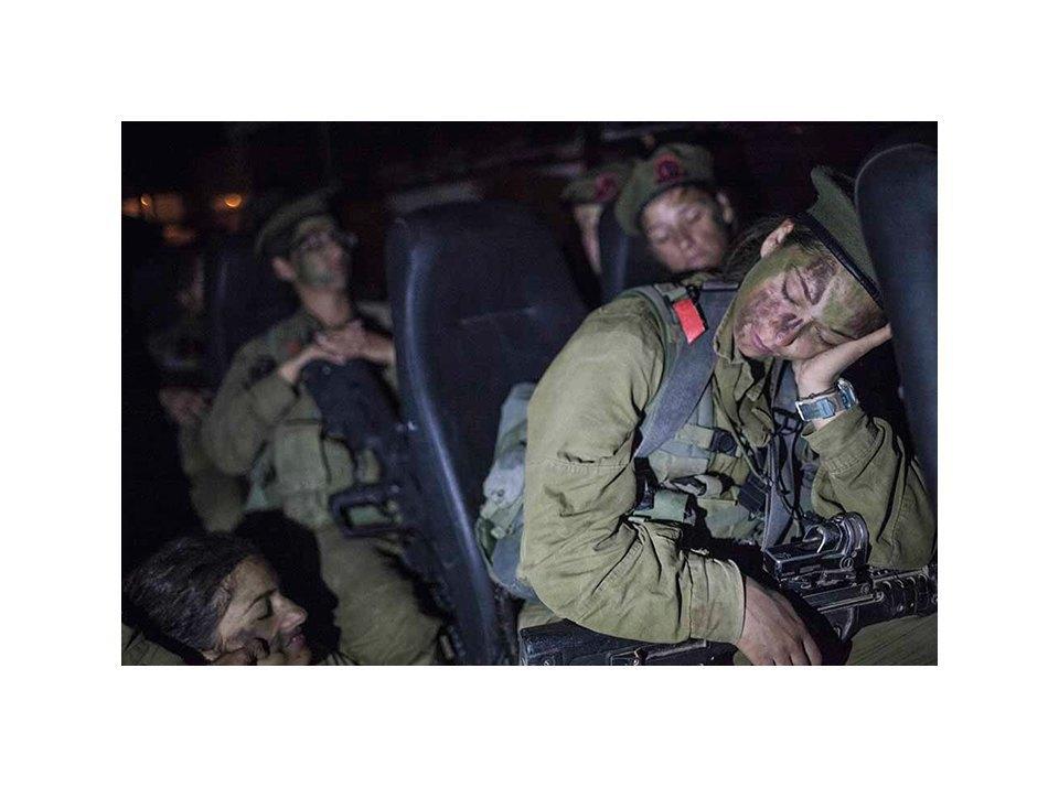 Фотопроект: Как служат женщины в армии Израиля. Изображение № 17.