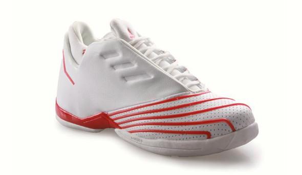 Поставить на ноги: 25 именных баскетбольных кроссовок. Изображение № 21.