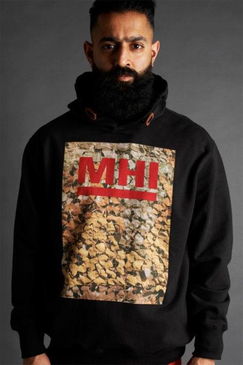 Марка Maharishi опубликовала лукбук новой коллекции из линейки MHI. Изображение № 12.
