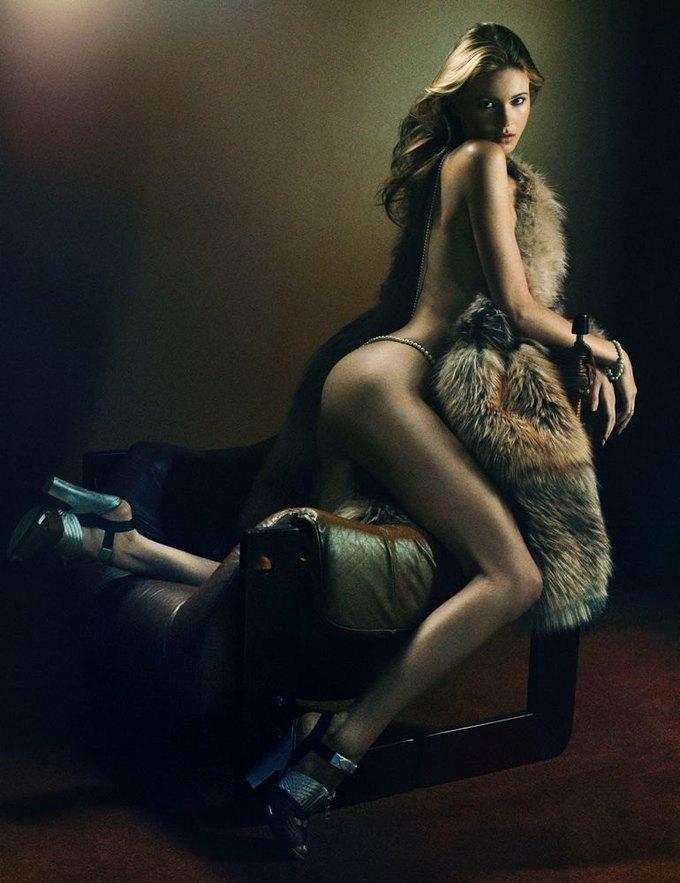 «Ангелы» Victoria's Secret снялись обнажёнными для журнала Interview. Изображение № 7.
