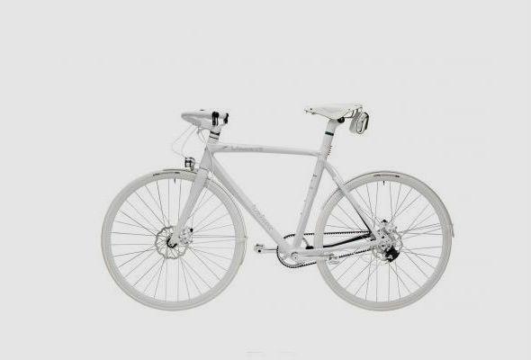 Велосипед, лыжи, бумеранг и другие новые вещи линейки The Lacoste LAB. Изображение № 4.