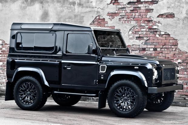 Британское ателье представило внедорожник Land Rover, отделанный тканью Harris Tweed. Изображение № 1.