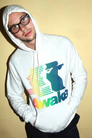Анжело Баку из Supreme представил собственную марку одежды Awake. Изображение № 2.