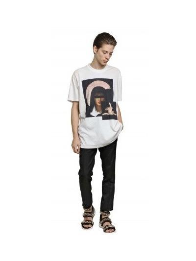 Givenchy выпустили коллекцию футболок с изображением Мадонны. Изображение № 25.