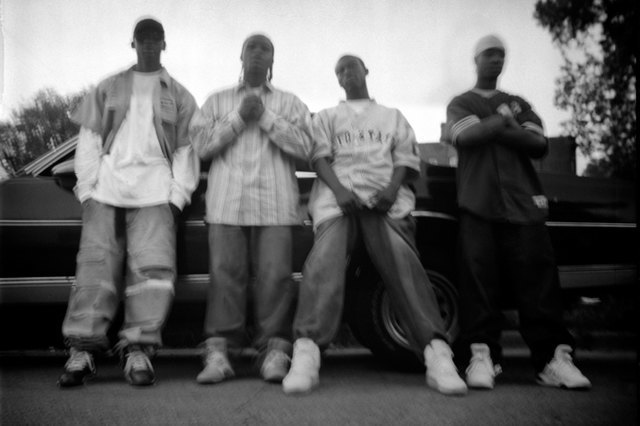 8 фотографов, исследовавших мир уличных банд. Изображение № 18.