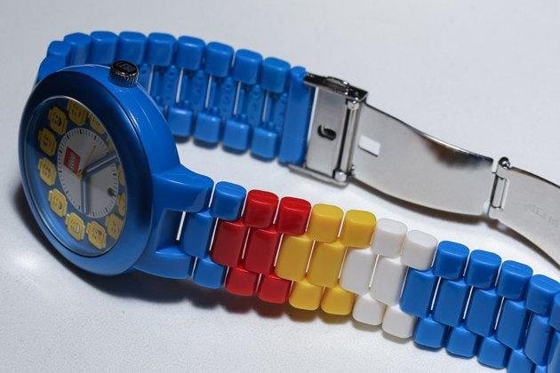 Компания Lego анонсировала новую линейку часов-конструкторов. Изображение № 6.