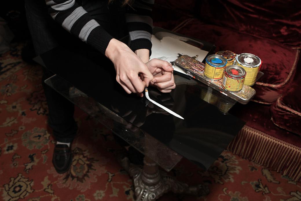 «Пинстрайпинг — это только ты, кисть и краска»: Интервью с художниками-кастомайзерами Freehand Store. Изображение № 9.