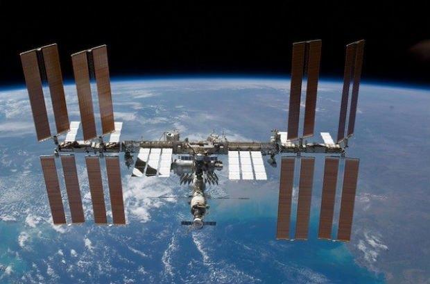 Россиянин связался с МКС при помощи самодельной антенны . Изображение № 1.