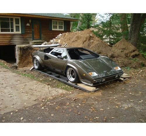 Американец за 17 лет собрал у себя в подвале реплику Lamborghini Countach. Изображение № 14.