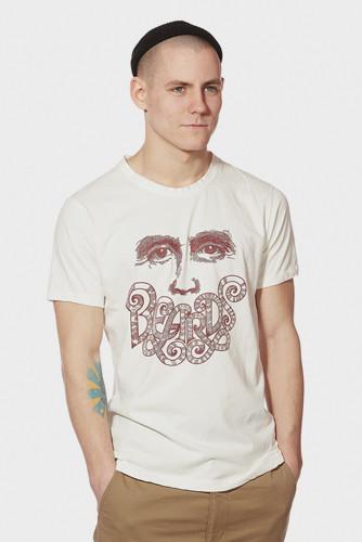 Петербургская марка Devo представила новую коллекцию одежды. Изображение № 12.