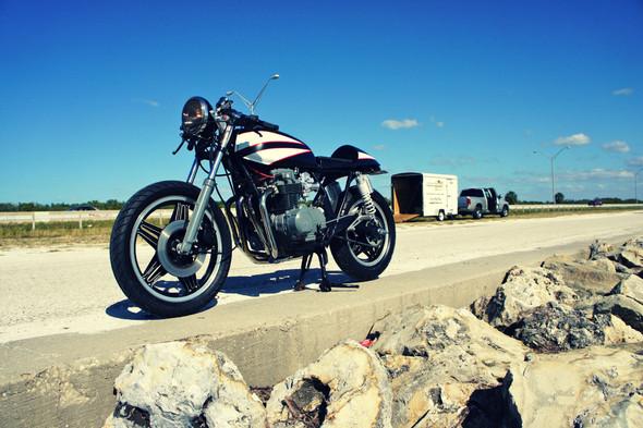 Мотоцикл Honda CB650 мастерской Steel Bent Customs. Изображение № 1.