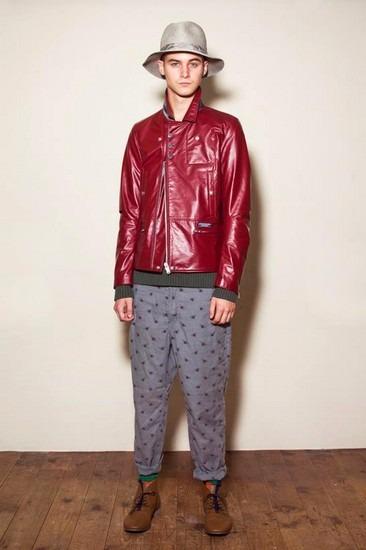 Марка Undercover опубликовала лукбук весенней коллекции одежды. Изображение № 4.